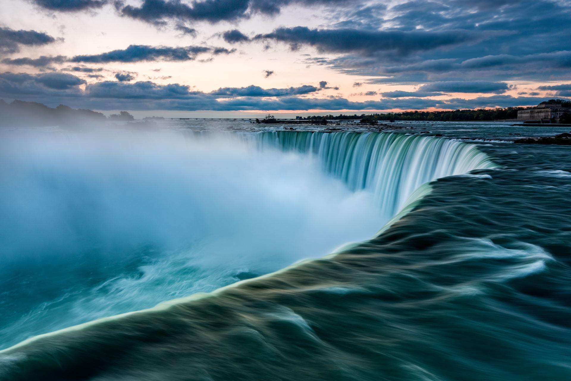 Visite des Chutes du Niagara - Soirée Illuminée